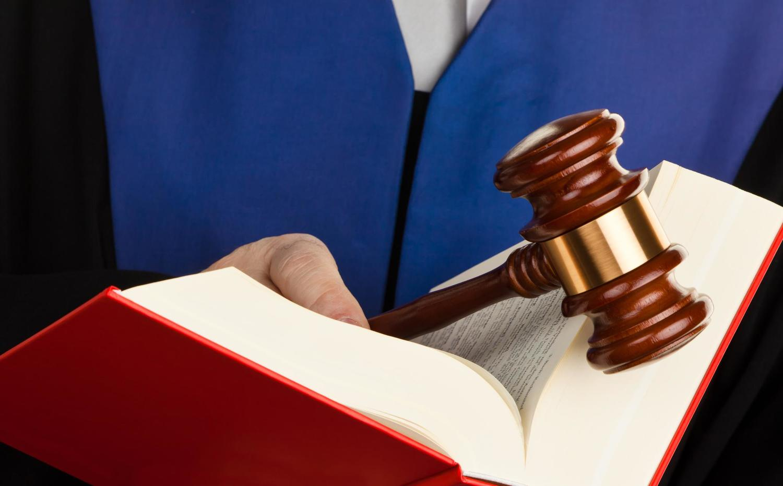 Участие адвоката по отдельной категории дел в арбитражном процессе Известно ему